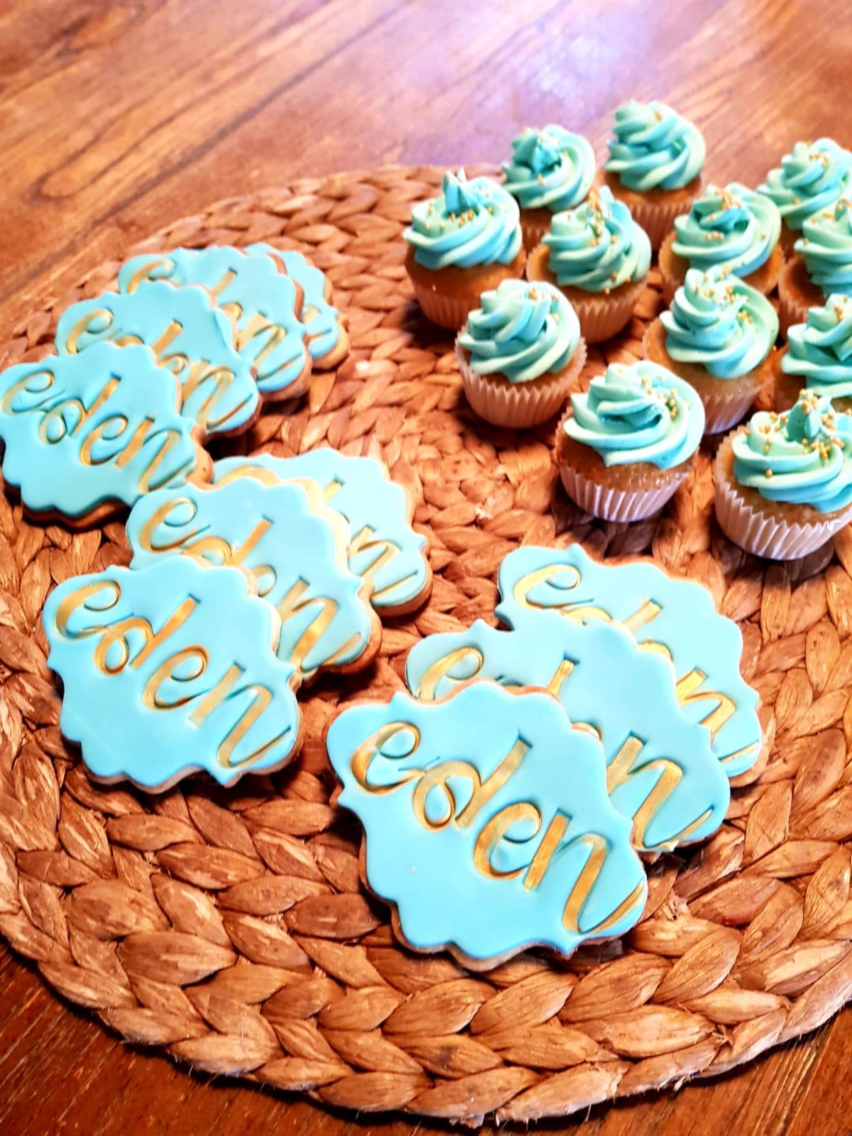 Présentation de Sablés & Cupcakes bleus