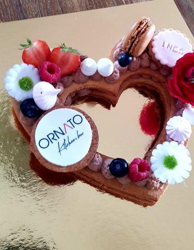 Gâteau personnalisé coeur livraison à Cannes