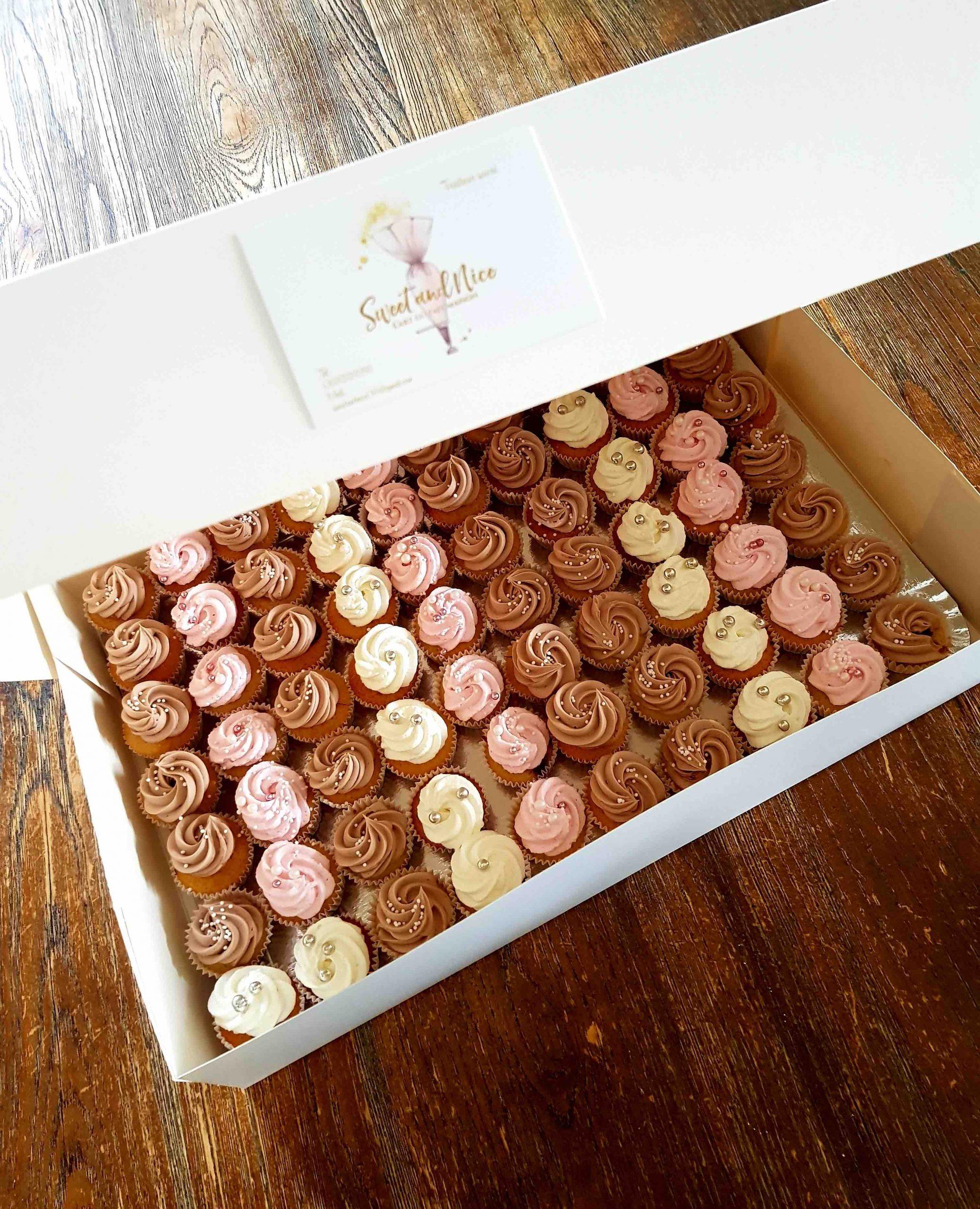Boite Cupcakes envoyé à domicile
